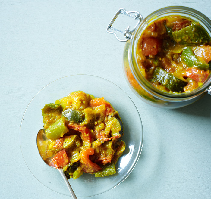 Recipe to make piccalilli at home